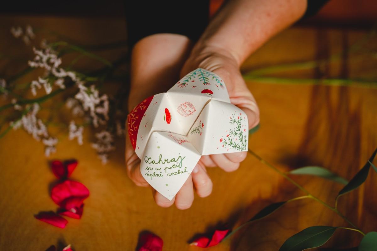 Planeta manželství svatební oznámení skládačka