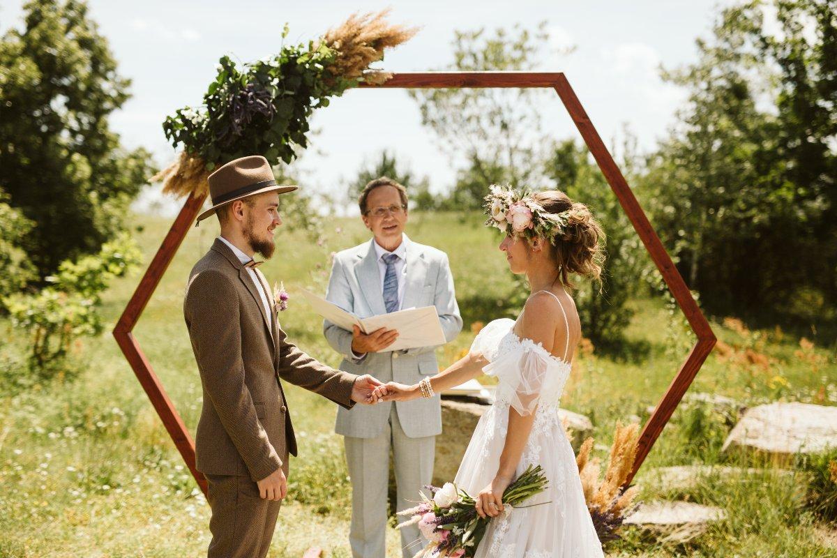 svatební obřad apoštolská církev foto Simmer